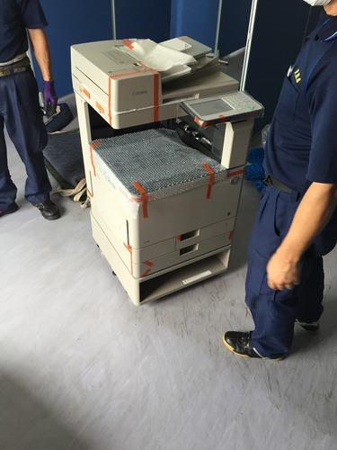 本日はキャノンの複合機の納品に伺いました。