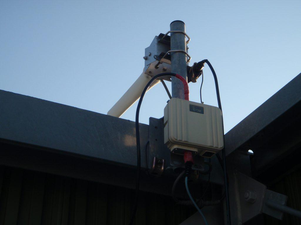 大容量無線LANで防犯カメラ信号を長距離伝送