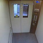 エレベーター内に防犯カメラは必要か